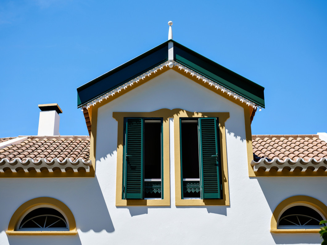 Customize Your House With Colorful Shutters, Awnings, Weather Protection & Home Automation